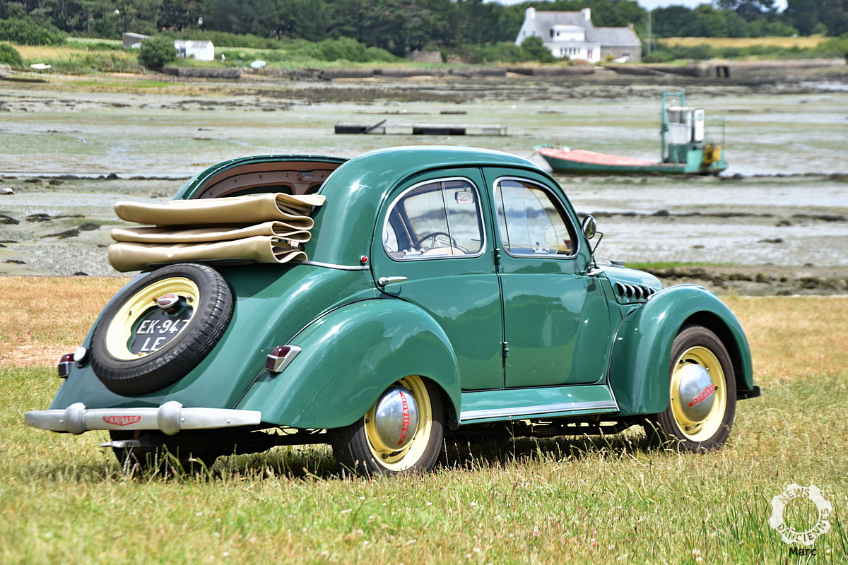 Panhard Dyna X découvrable