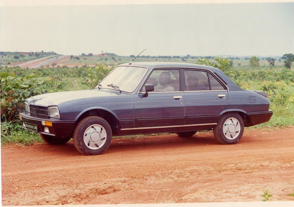 Les dernières Peugeot 504 africaines