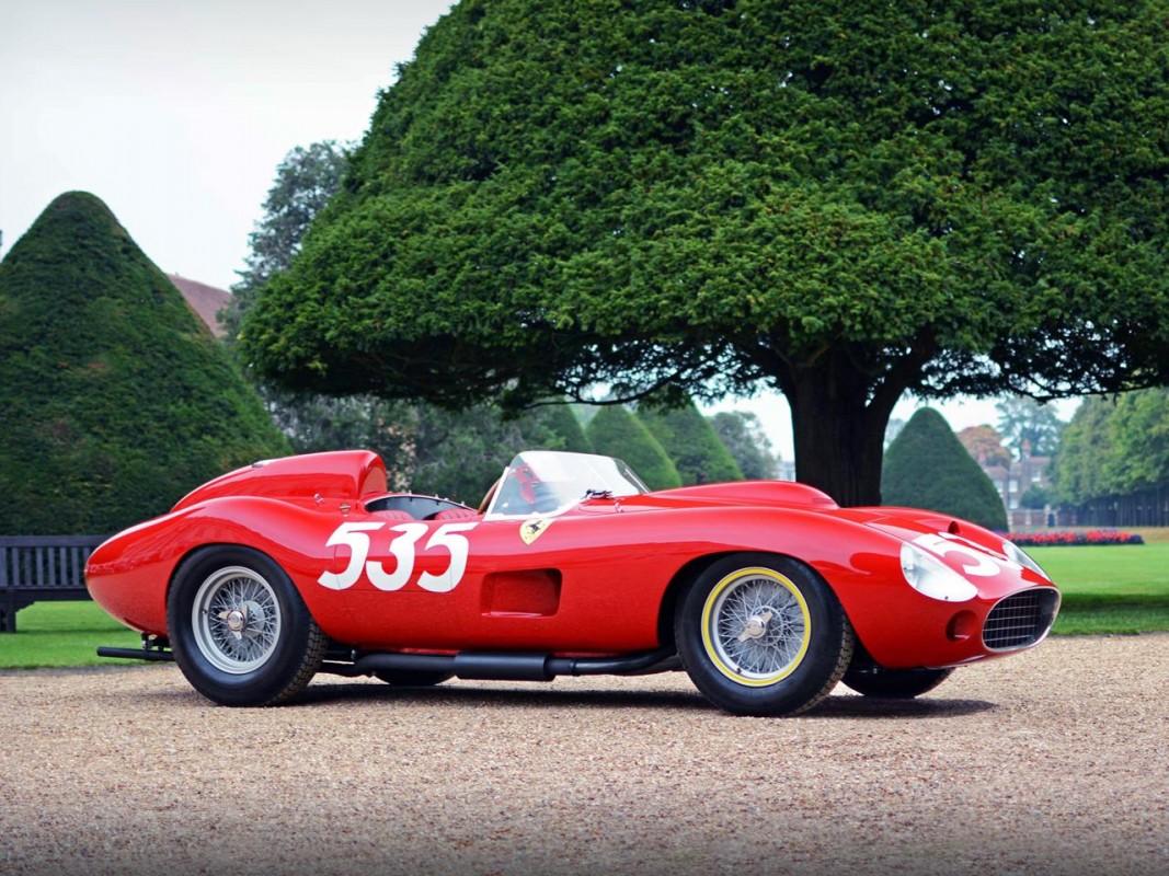 Ferrari 335 S -  Scaglietti Spyder