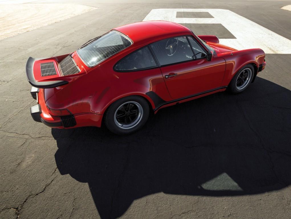 Porsche 911 (930)