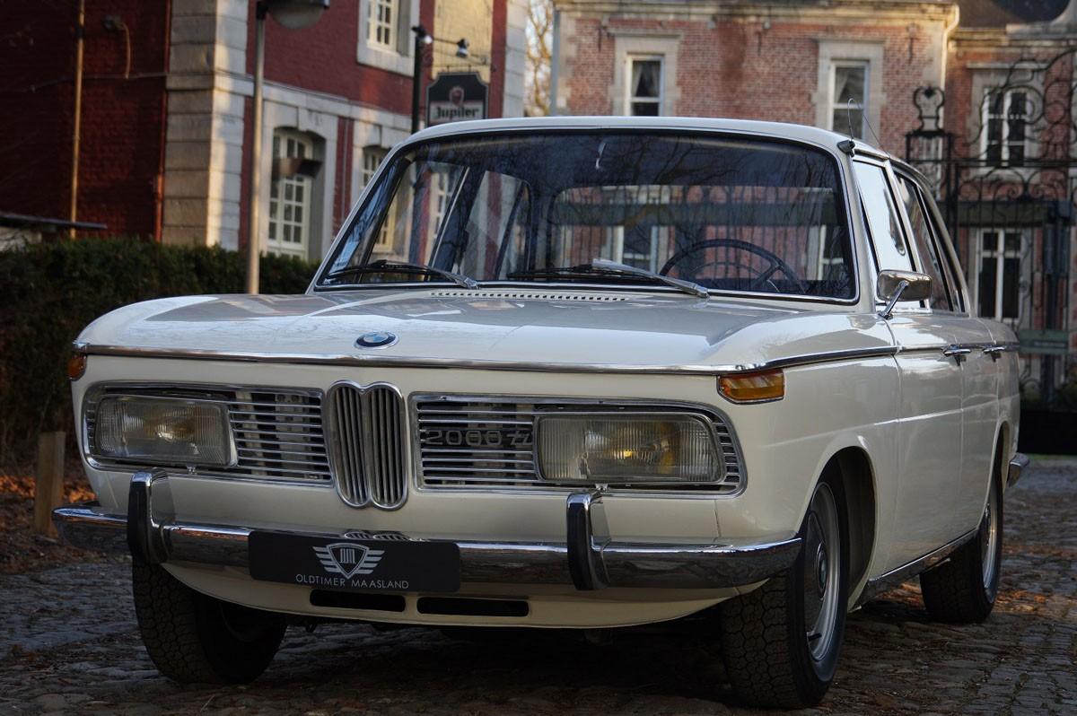 BMW 2000 (E121) -  TI