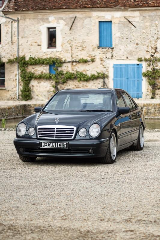 Mercedes E55 AMG (W210)