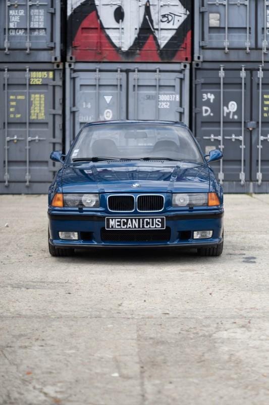 BMW M3 E36 3.0 Bleu Avus / M-Rain