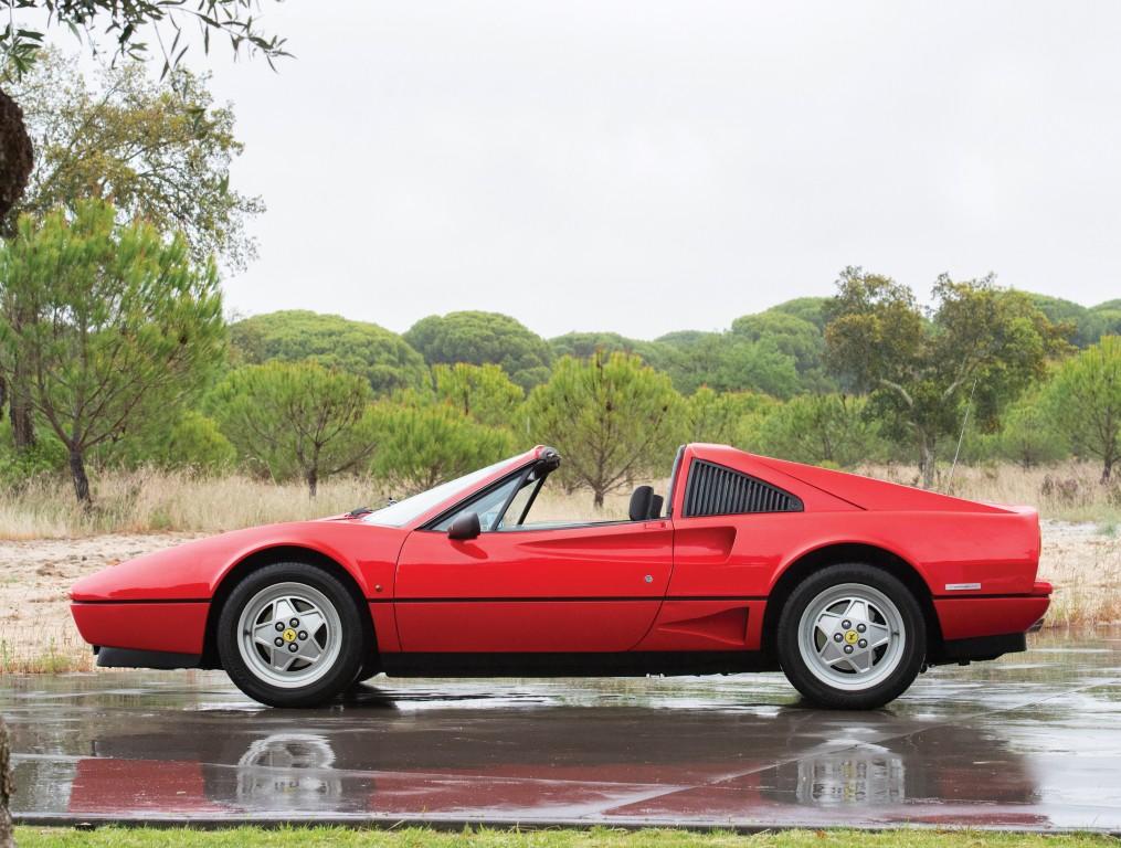 Ferrari GTS -  Turbo