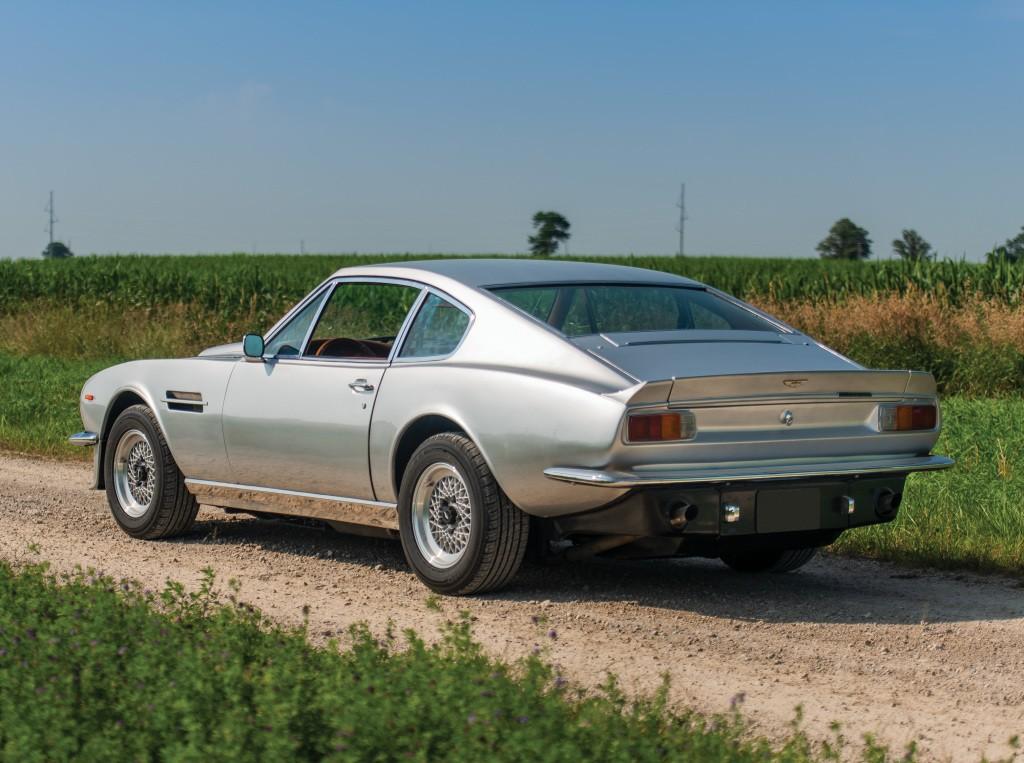 Aston Martin V8 Vantage -  Series I