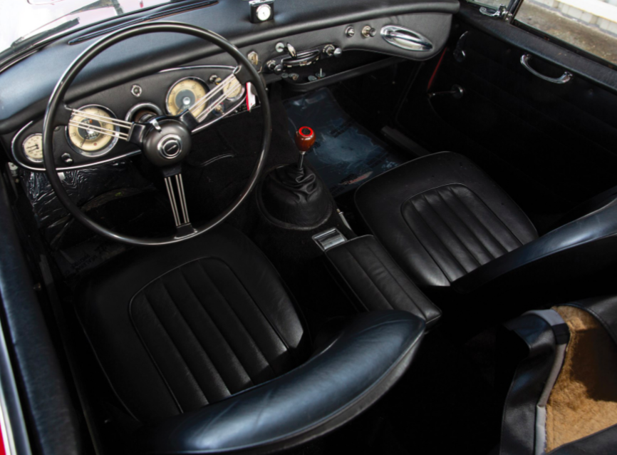 Austin Healey 3000 -  Mk II BJ7 Sports Convertible