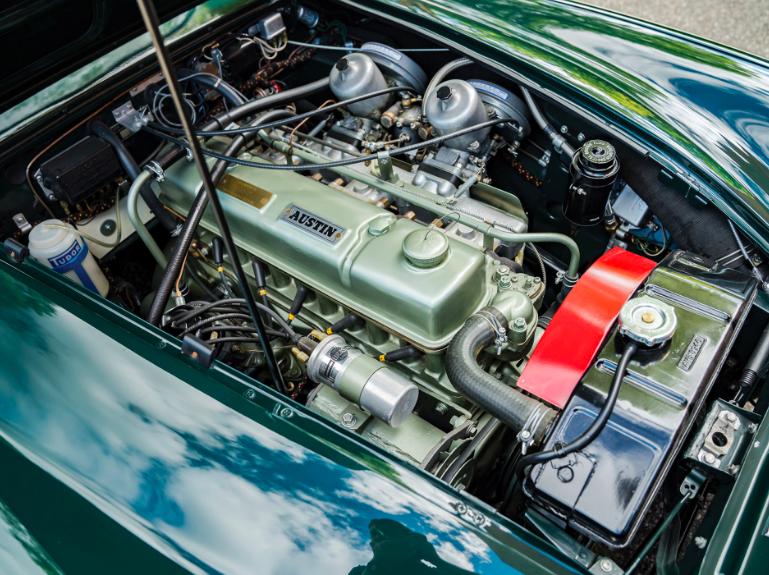 Austin Healey 3000 -   MkIII Phase I