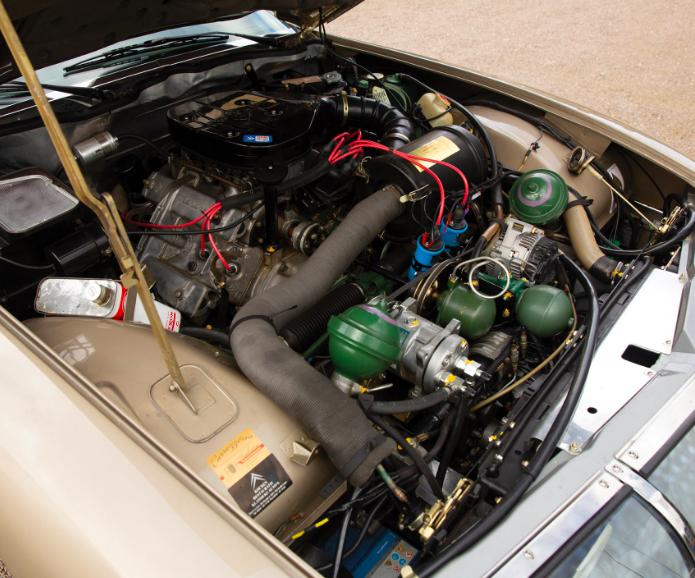 Citroën SM -  2.7 Carburateur