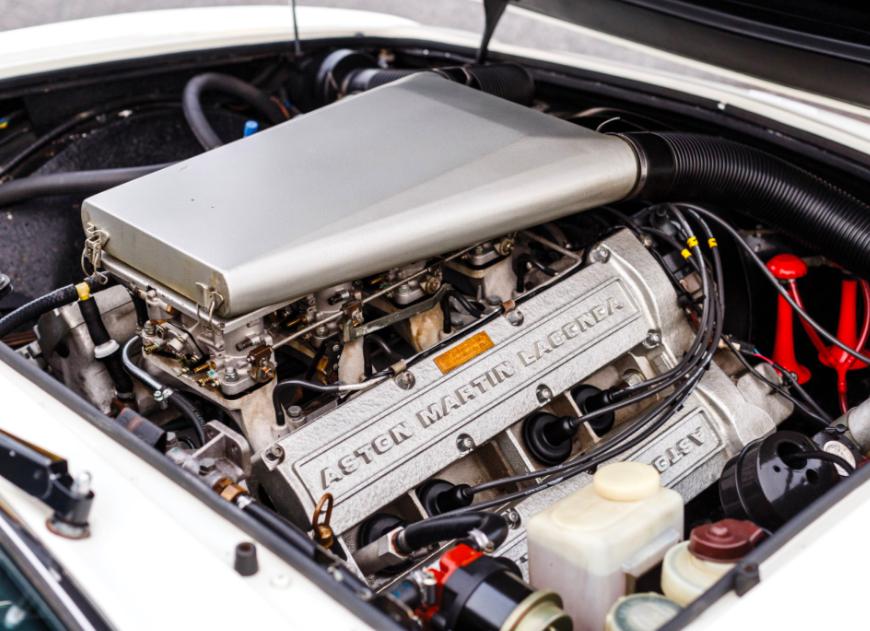 Aston Martin V8 Vantage -  Series II Oscar India