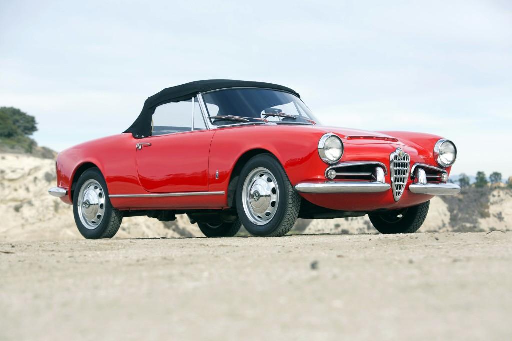 Alfa Romeo Giulia (101)  -  1600 Spider