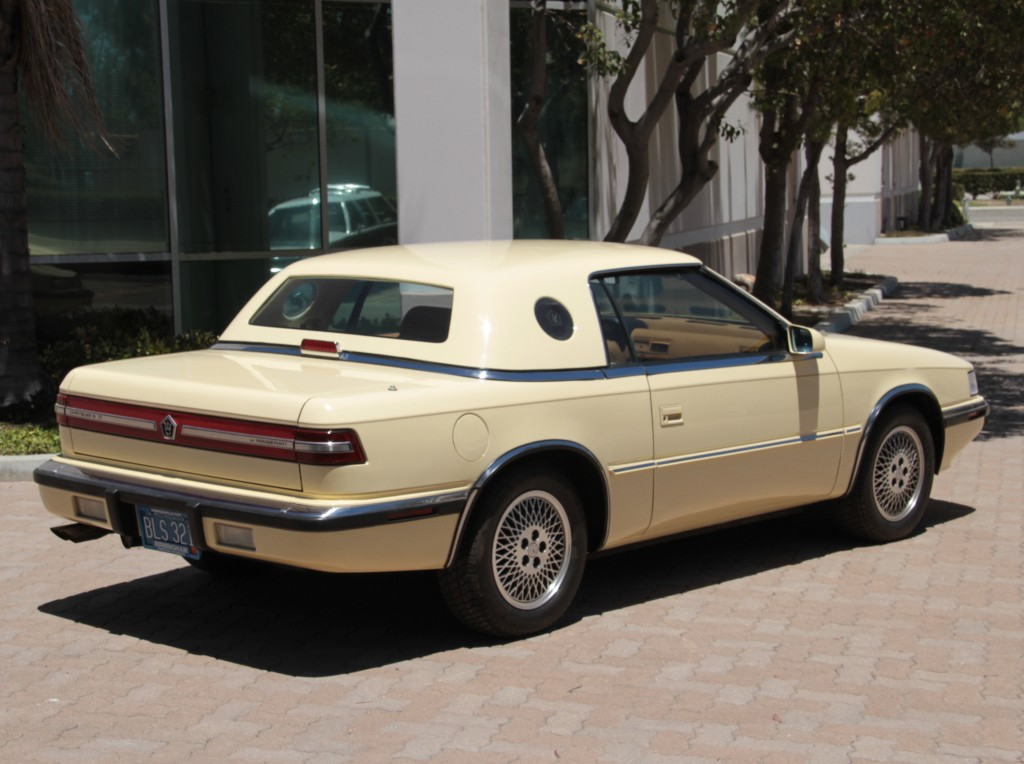 Chrysler TC (by Maserati)