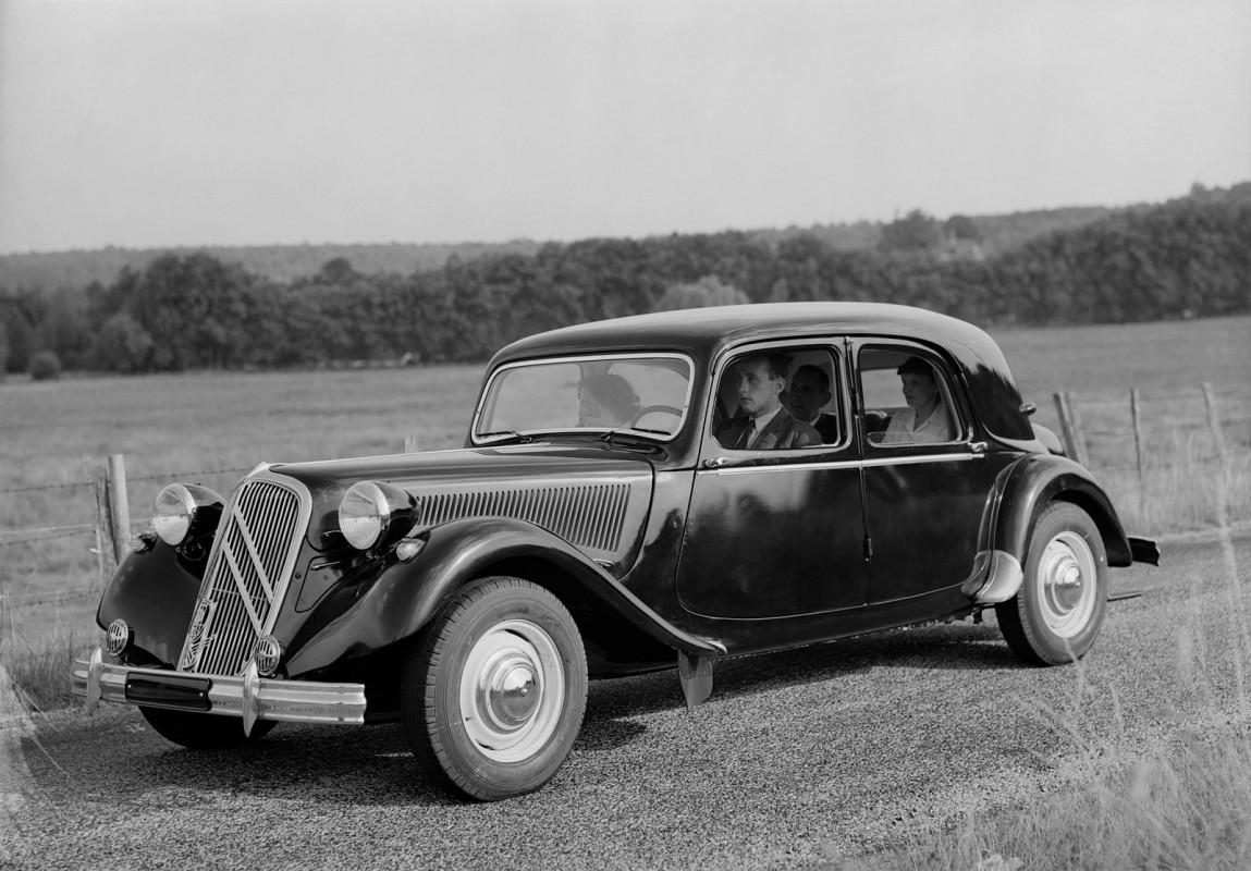 Citroën Traction Avant -  15-Six D Berline