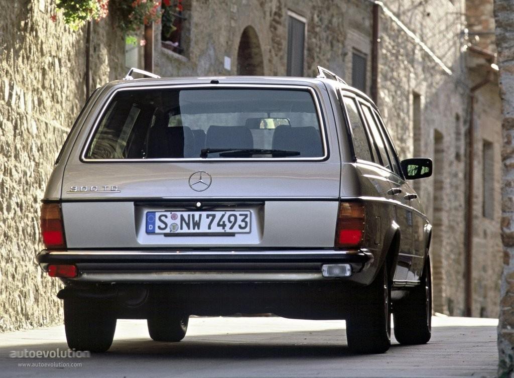 Mercedes-Benz W123 -  T-mod. (S123) 200 T