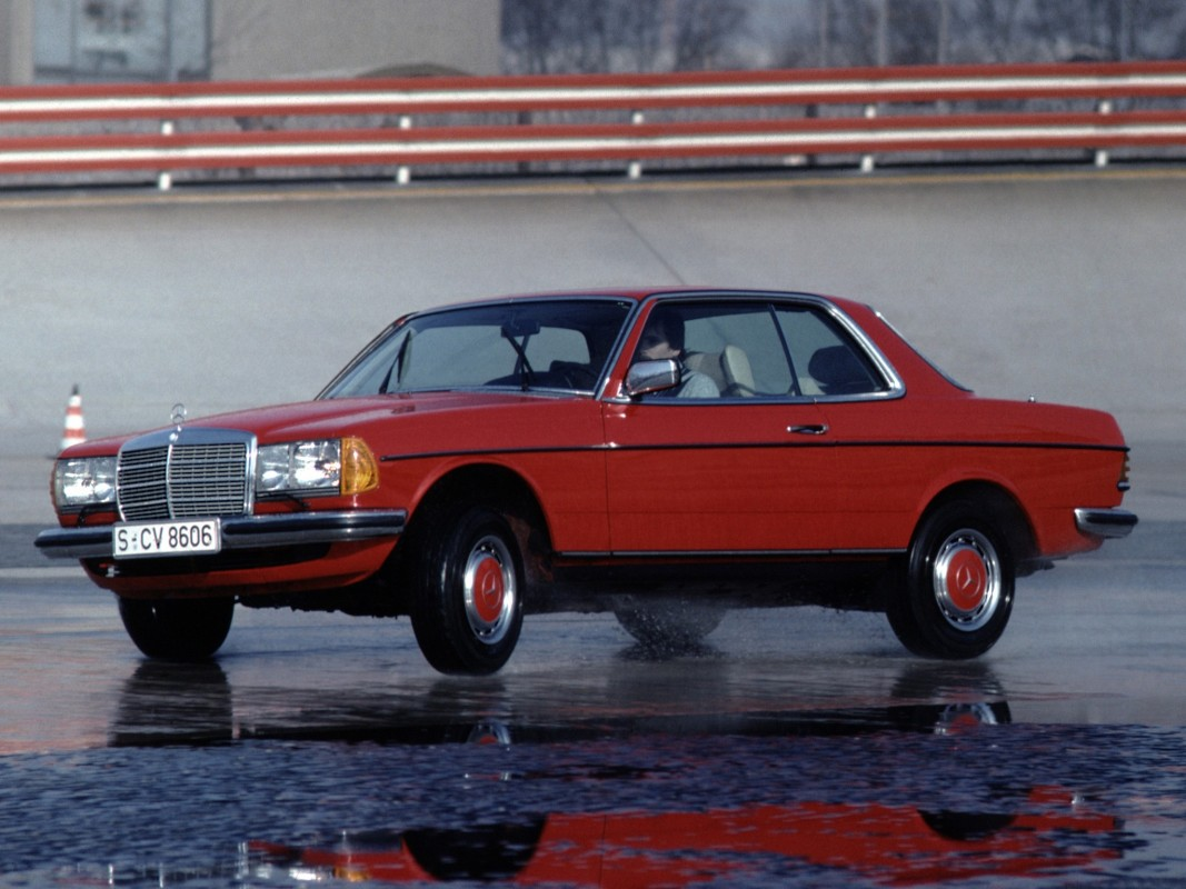 Mercedes-Benz W123 -  Coupe (C123) 230 C