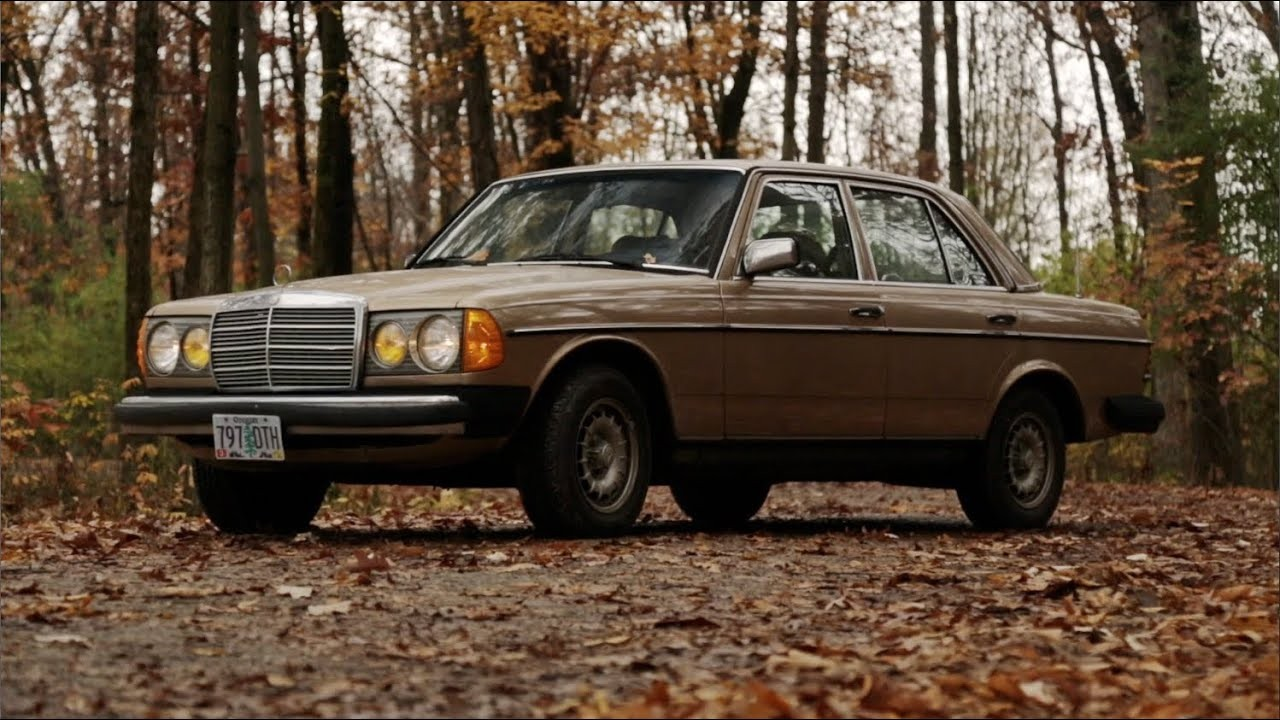 Mercedes-Benz W123 -  300 D