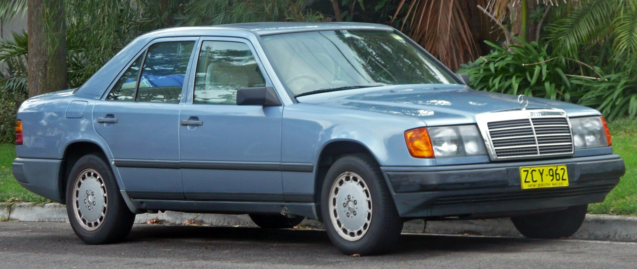Mercedes-Benz W124 -  300 D - 2e série