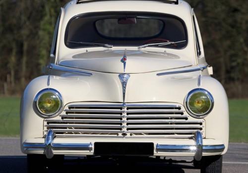 Peugeot 203 -  Berline Luxe Export