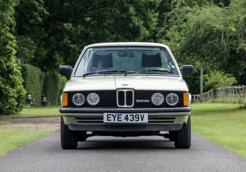 BMW Série 3 (E21) -  323i