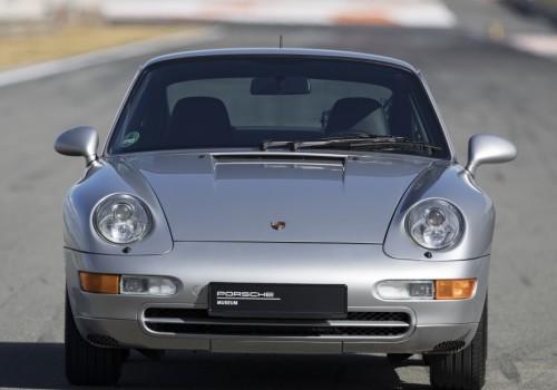 Porsche 911 (993) -  Carrera