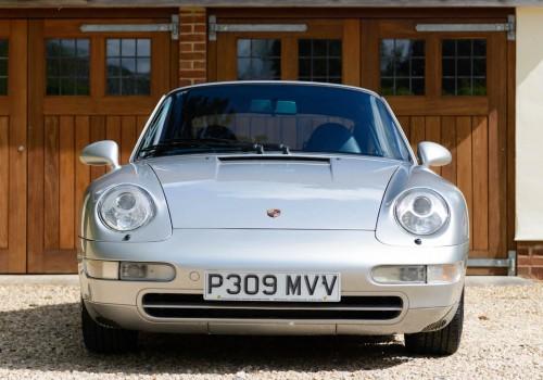 Porsche 911 (993) -  Carrera 4