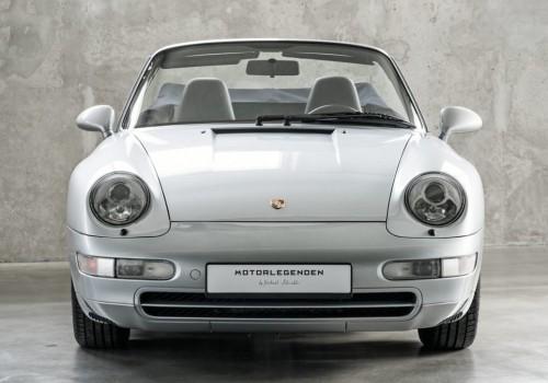 Porsche 911 (993) -  Carrera 4 Cabriolet