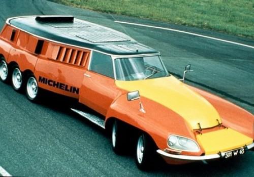 Citroën DS -  Mille-Pattes Michelin