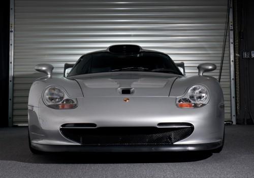 Porsche 911 GT1 -  Strassenversion