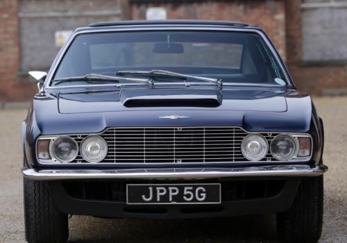 Aston Martin Lagonda V8  -  Saloon Prototype