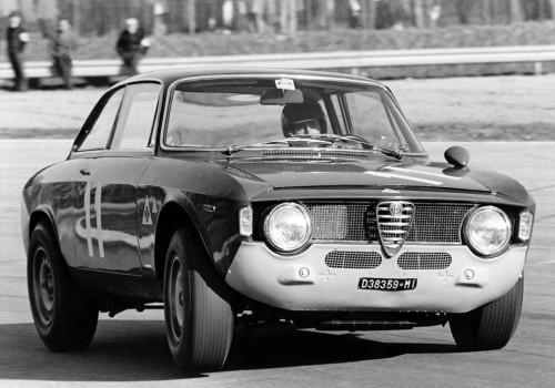Alfa Romeo Giulia Sprint GTA -  SA 1600