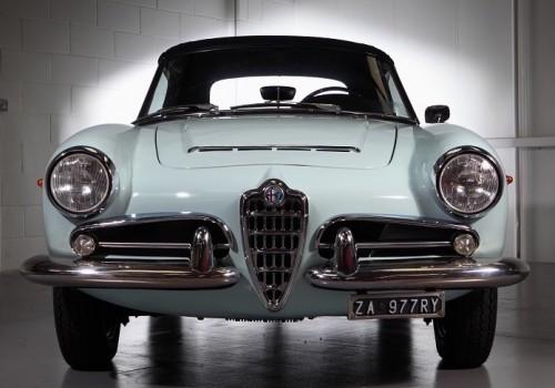 Alfa Romeo Giulia (101)  -  1600 Spider Veloce