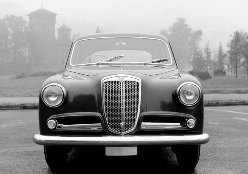 Lancia Aurelia -  B15 Berlina Limousine