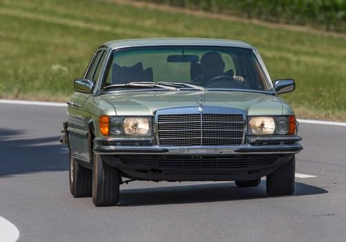 Mercedes-Benz W116 S-class -  450 SEL 6.9  (286 Hp)