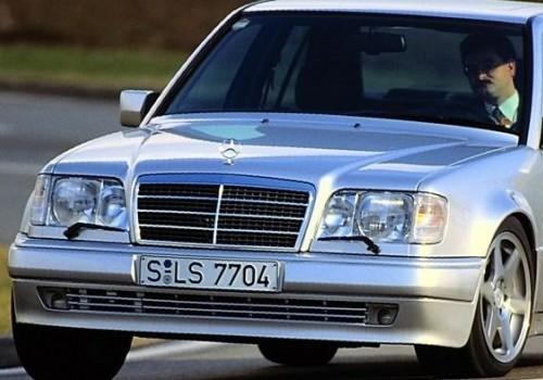 Mercedes-Benz W124 -  E-Class E 500  (320 Hp)
