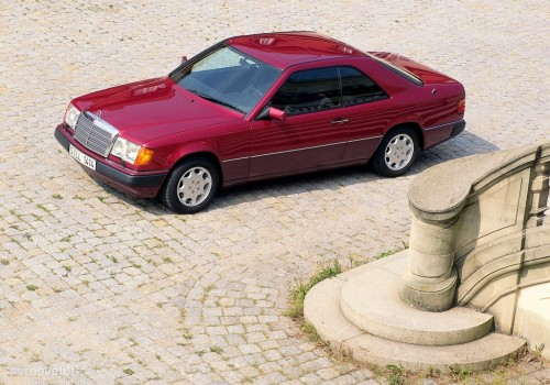 Mercedes-Benz W124 -  Coupe (C124) 220 CE  (150 Hp)