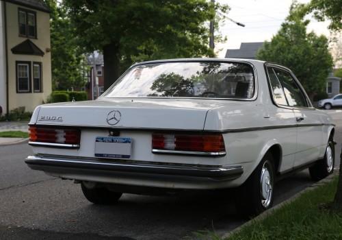 Mercedes-Benz W123 -  Coupe (C123) 230 C