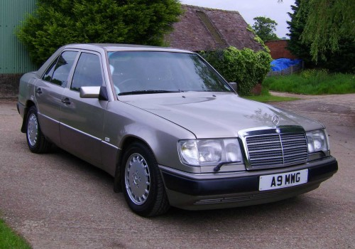 Mercedes-Benz W124 -  300 E-24