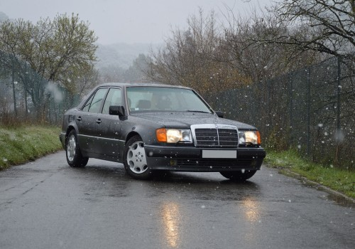 Mercedes-Benz W124 -  500 E