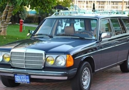Mercedes-Benz W123 -  300 T Turbo-D  (121 Hp)