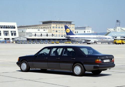 Mercedes-Benz W124 -  260 E 4MATIC