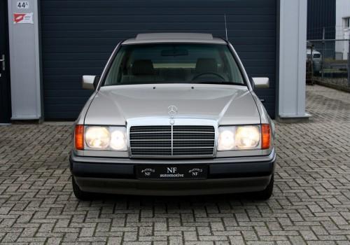 Mercedes-Benz W124 -  280 E