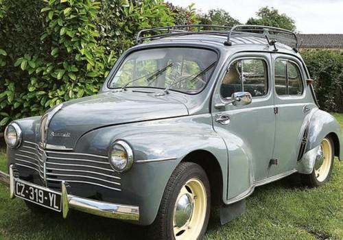 Renault 4 CV -  Luxe