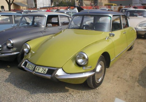 Citroën DS -  19 Berline (2e nez)