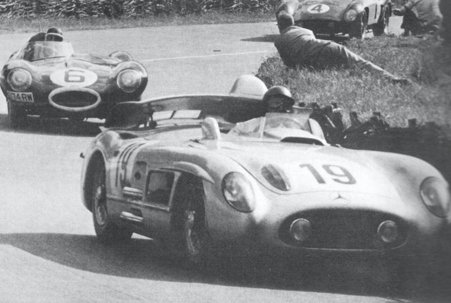 Fangio devançant Hawthorn et Castellotti