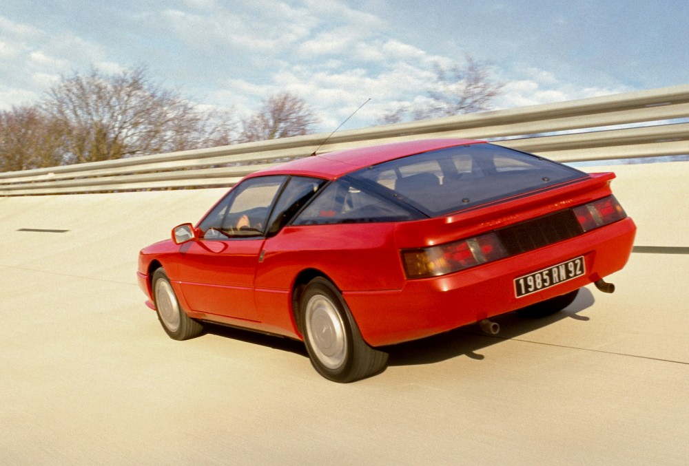 Arrière de l'Alpine V6 Turbo