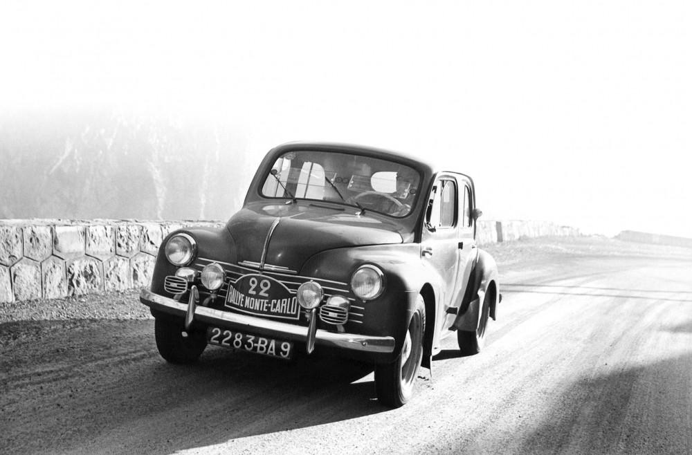 Renault 4cv au Monte Carlo 1949
