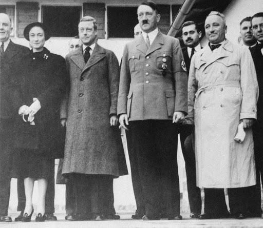 Les Windsor et Hitler